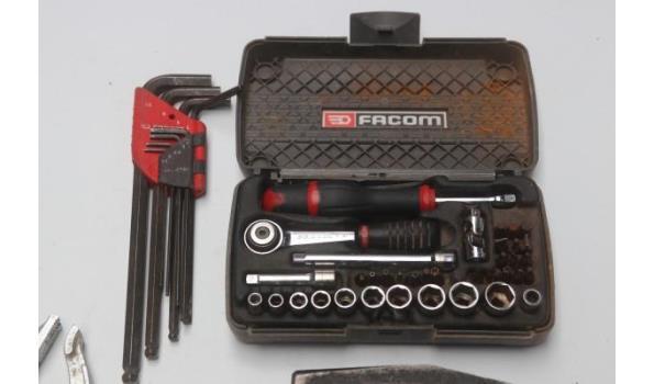 lot gereedschap FACOM