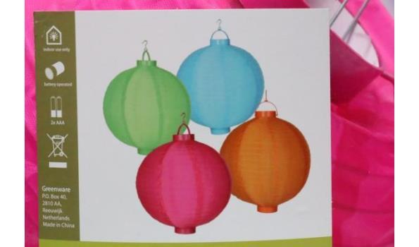 6 doosjes à 4 chinese lantaarns, diam plm 19cm, in div kleuren
