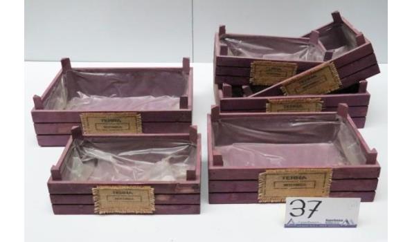 6 div plantenbakken, wo afm 25x35, 21x31 en 17x27cm