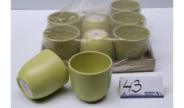 9 groene plantenpotten, diam plm 12cm, h plm 11cm