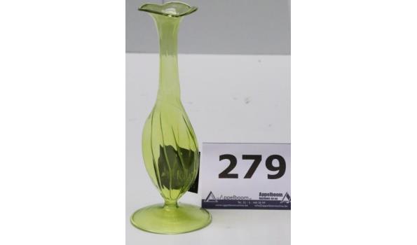 6 decoratieve glazen bloemvaasjes, groen, diam plm 8cm, h plm 21,5cm
