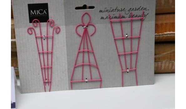 11 doosjes inh 12 decoratieve miniatuur tuintoebehoren