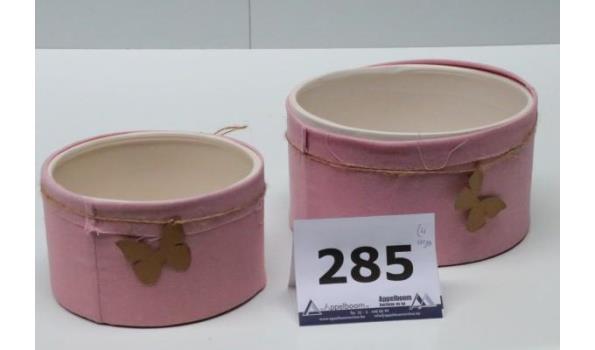 4 sets van 2 div decoratieve potjes