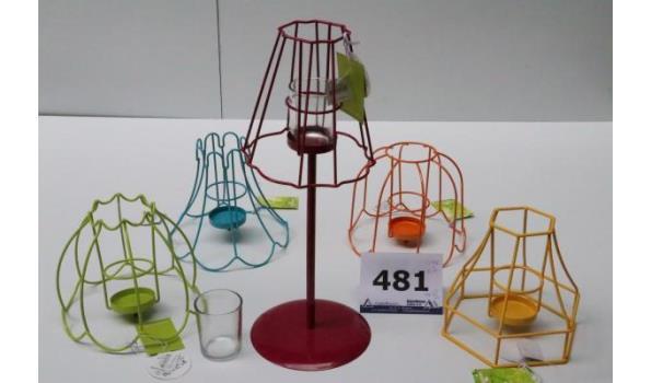 3 dozen inh plm 60 div decoratieve theelicht tafellampen, h plm 38cm, in div kleuren