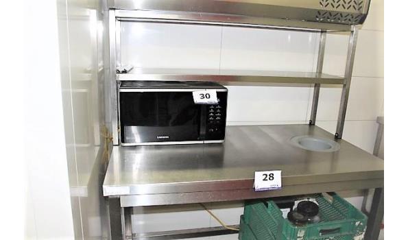 rvs werktafel, afm plm 12x70cm, vv afvalgat en rvs opzetstuk