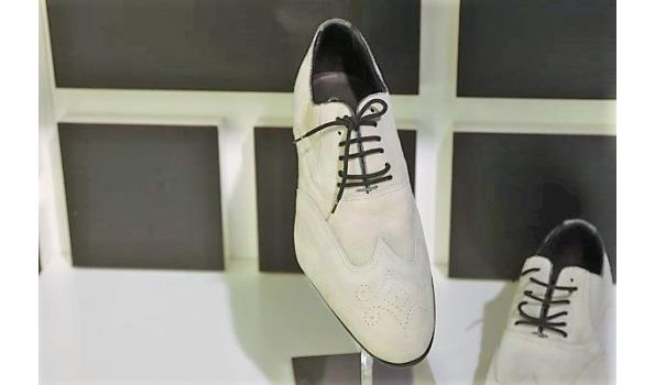 paar schoenen CANALI maat 42,5
