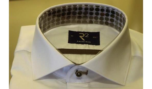 2 hemden R2 maten 39,40