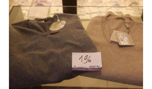 2 truien VIADESTE maat 56, L