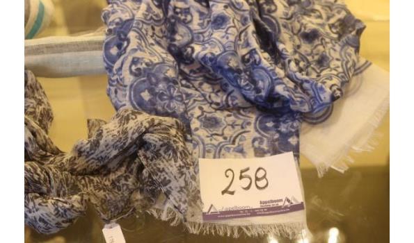3 sjaals CANALI